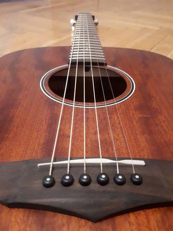 sprzedam gitarę akustyczną Ibanez PC 12 MH OPN