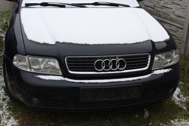 Audi A4-maska przednia