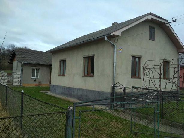 Будинок з ремонтом_Є