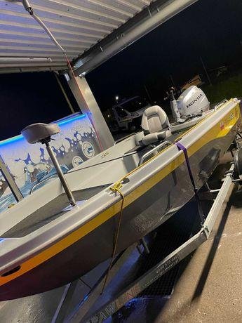 Sprzedam łódz wędkarską Riverfox 470