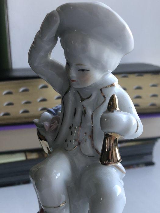 Статуэтка юноша с трубой, музыкант Борщи - изображение 1