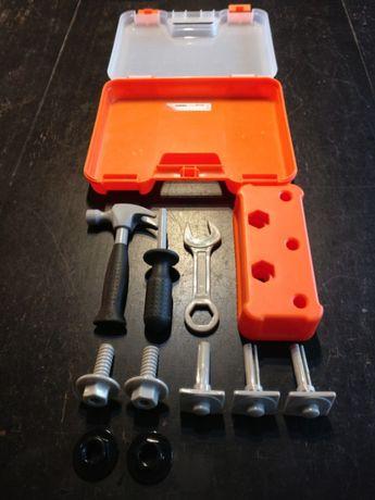 Walizka z narzędziami firmy Ikea dla dziecka
