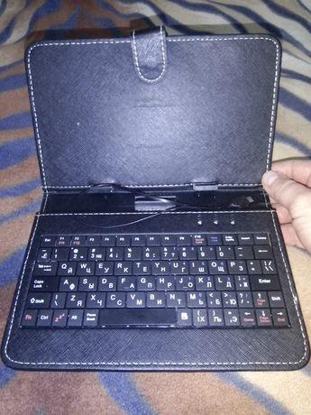 Клавіатура до планшета