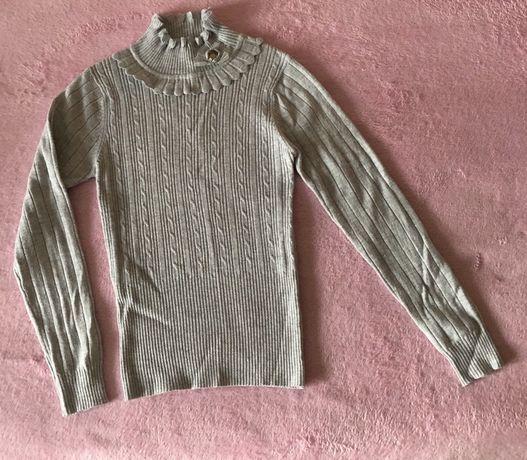 Детский школьный свитер.