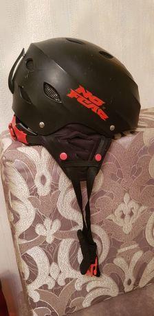 Лыжный шлем 54-56 регулируемый  черный