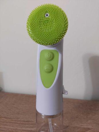 Sprzedam elektryczną szczotkę do mycia twarzy Silicon Brusher Clarena