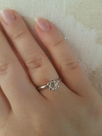 Srebrny pierścionek YES