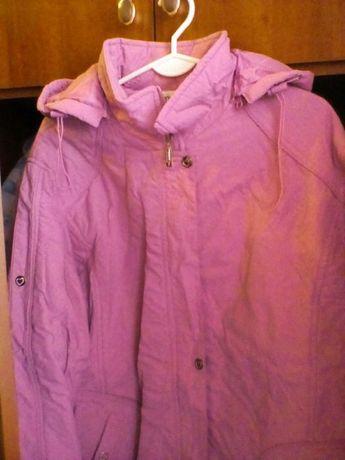 Продам женскую весеннюю куртку , 50-52 размер в идеальном состоянии