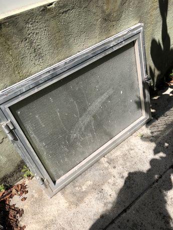 Alçapao de sotao em vidro