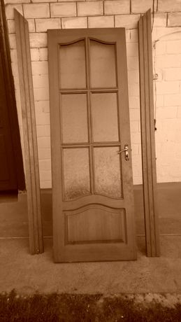 Двери деревяные
