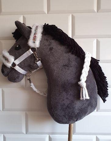 Kantar dla hobby horse z uwiązem w kolorze białym