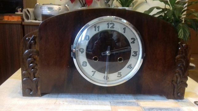 zegar zabytkowy jak na zdjęciu
