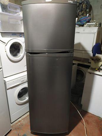 Продам рабочий холодильник Whirlpool