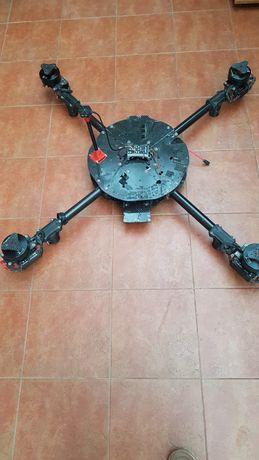 Квадрокоптер б/в