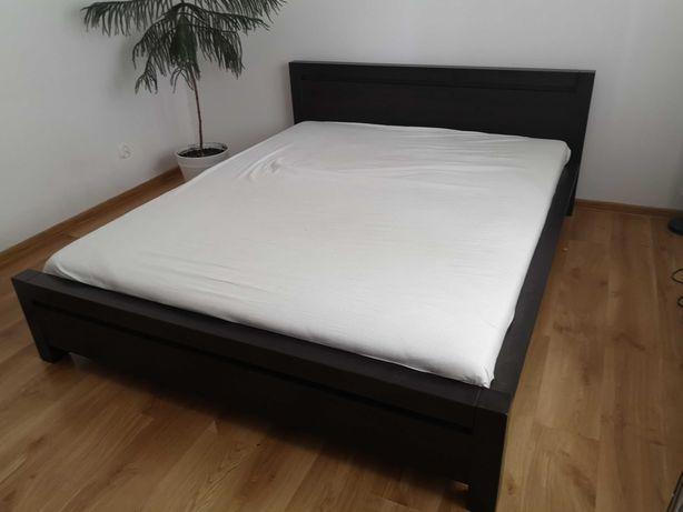Łóżko sypialniane + komoda