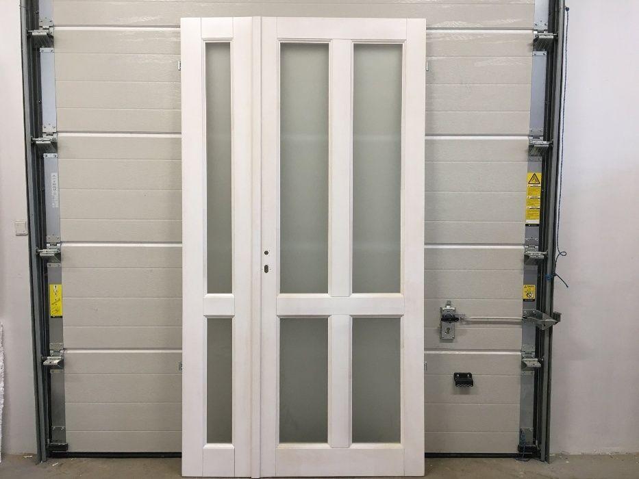 Drzwi wewnętrzne drewniane dwuskrzydłowe