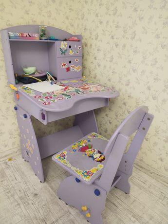 Продам детский стол со стулом