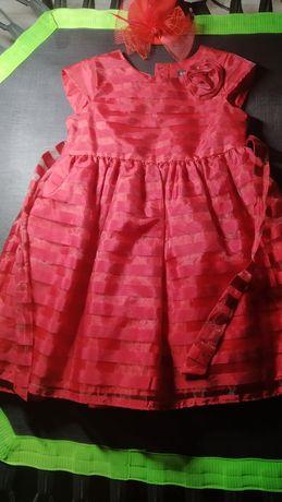 Нарядне плаття для дівчинки+шляпка