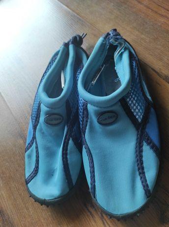 Buty do pływania, rozmiar 30