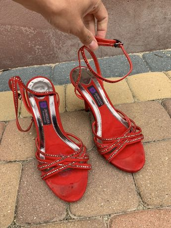 Czerwone szpilki/sandałki 39