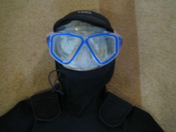 маска, гидрокостюм, маска для подводного плавания.
