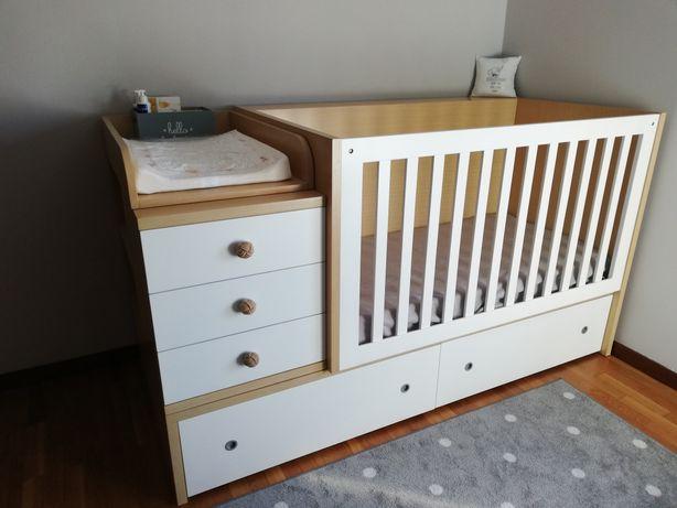 Berço de bebé conversível em cama de solteiro
