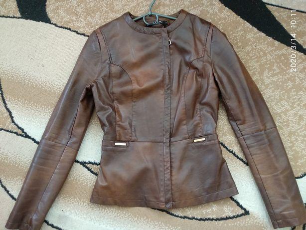 Куртка еко кожа,очень мягкая и стильная
