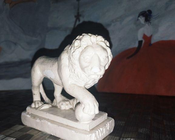 Статуэтка гипсовая Лев. Алупка
