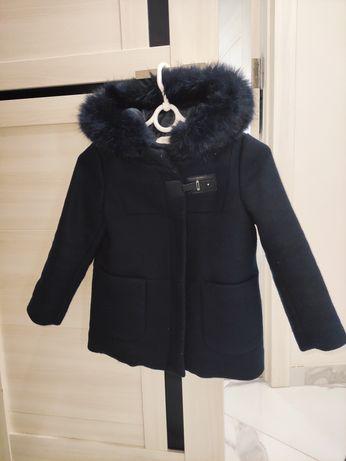 Стильне пальто Zara kids