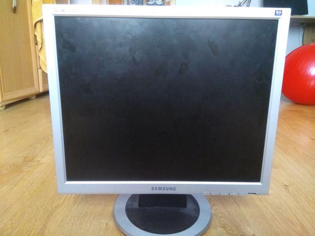 Monitor Samsung Syncmaster 913N