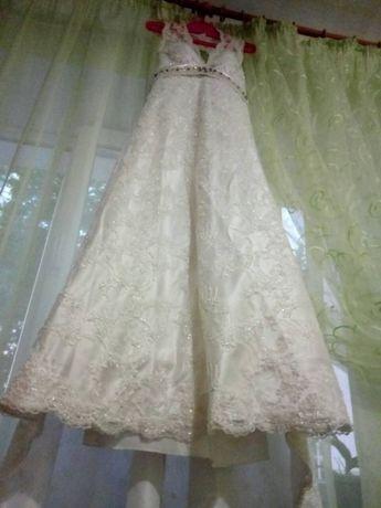 Эксклюзивное свадебное платье 42-44р