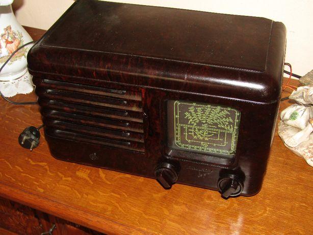 Radio Pionier - bakelit - Sprawne