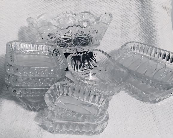Набір хрусталевого посуду
