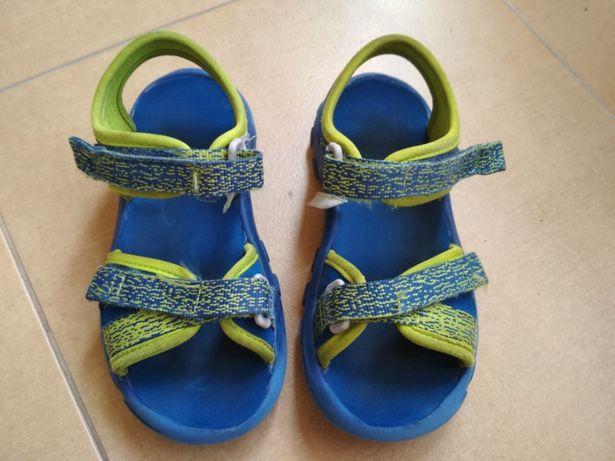 Sandalki z decathlonu, rozm. 26
