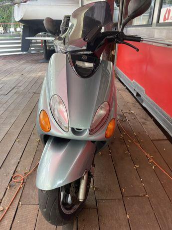 Skuter Yamaha 125cm