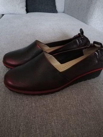 Buty ze skóry damskie