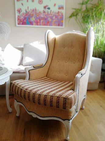 Piękny komplet ludwikowski: 2 fotele uszak, damski, stolik