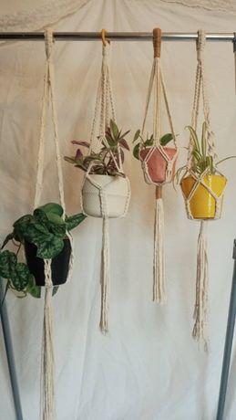 Suporte para vasos/plantas em macramé