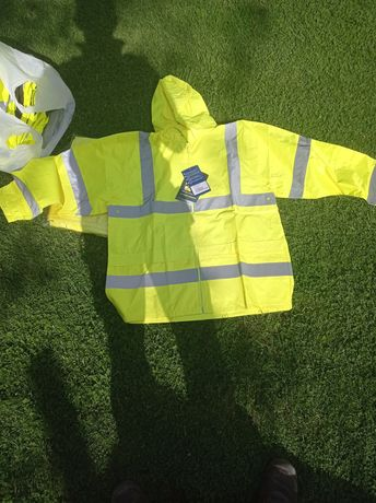 Odzież robocza nowa spodnie bluzy kurtki kamizelki
