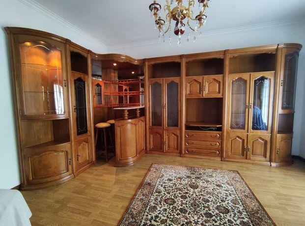 Mobília de sala com bar