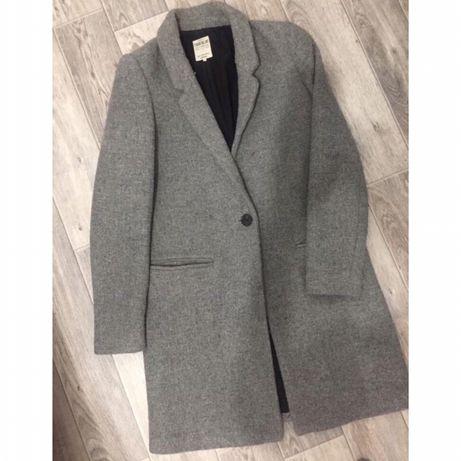 Стильное серое пальто ZARA