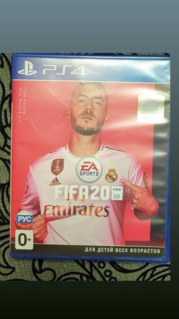 Игра PS4 FIFA 20