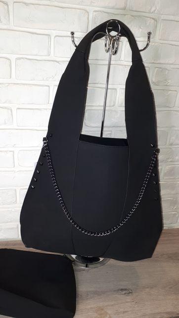 Torebka duża na ramię mieszcząca A4 kolor czarny
