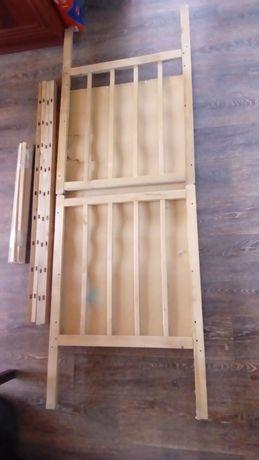Кроватка дитяча дерев'яна бу, потребує незначного ремонту