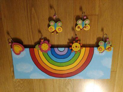 Quadro e cabide para criança