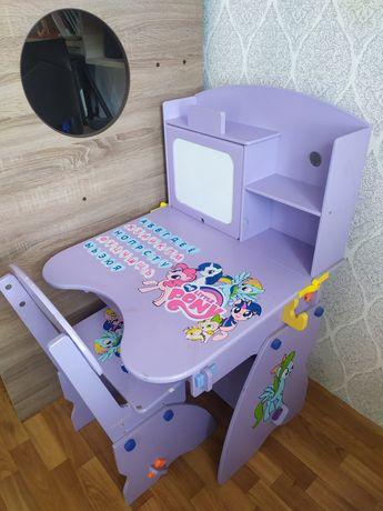 Парта столик детская