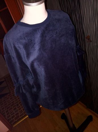 granatowa bluza z falbankami pluszowa