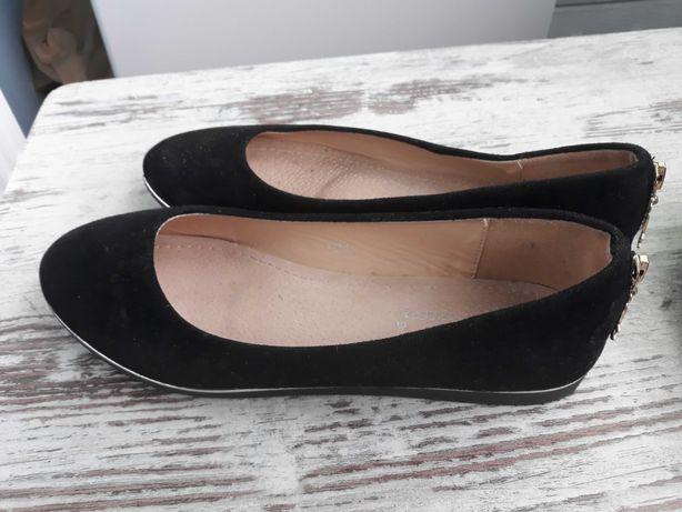 Туфли замшевые женские, на девочку 38 размер