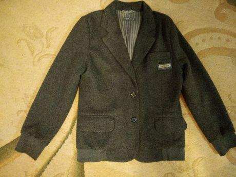 Стильний трикотажный пиджак wojcik на мальчика (рост 134)