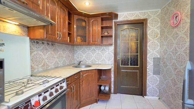 Без комиссии, Донца 19б. 4/5 этажного, общая площадь 50м2, кухня 7м2